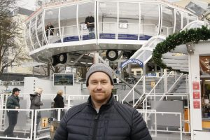 Macht den Ausblick aus 72 Metern Höhe möglich: Thomas Schneider, technischer Leiter des City Skyliners
