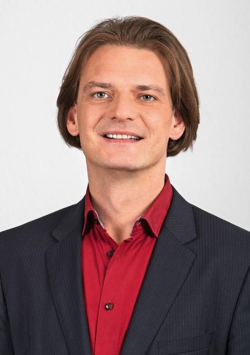 https://www.dielinke-fraktion-lsa.de/fileadmin/_processed_/3/0/csm_StefanGebhardt_TKL7671_Presse_A5_2b1dc253c9.jpg